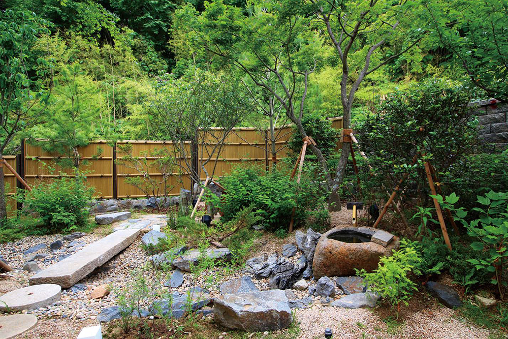 和と創作の庭部門 入選 / Garden Floor 様(韓国)